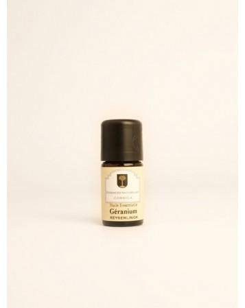 Huile essentielle de géranium-rosat